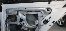 BMWのドア修理