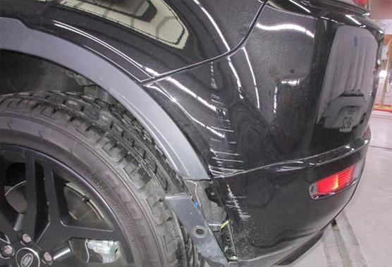 レンジローバーのキズ・ヘコミ、車検整備も全て任せられる工場はエステック!